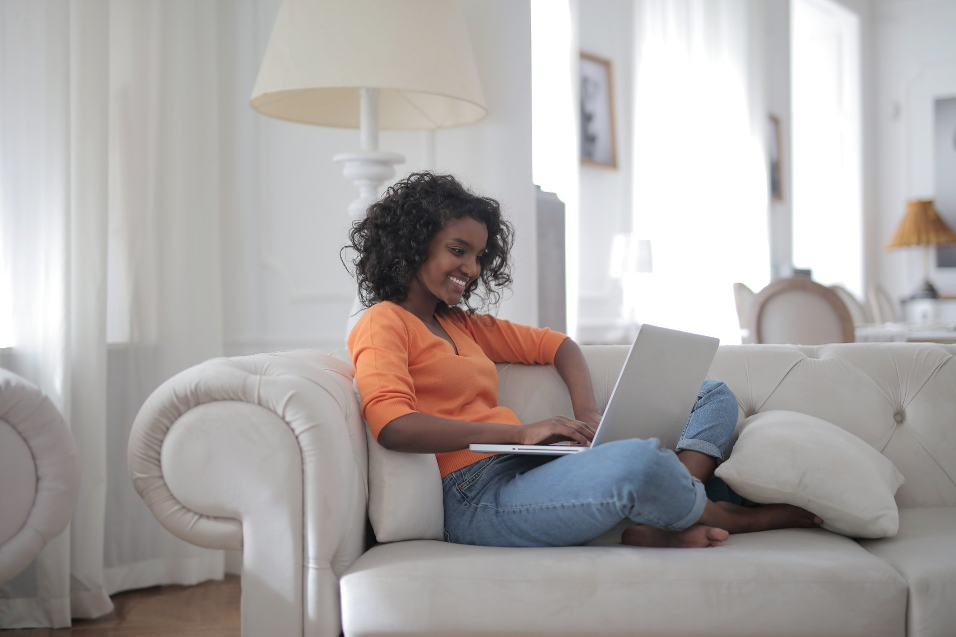 How to Train Your Team on Software When They Work from Home